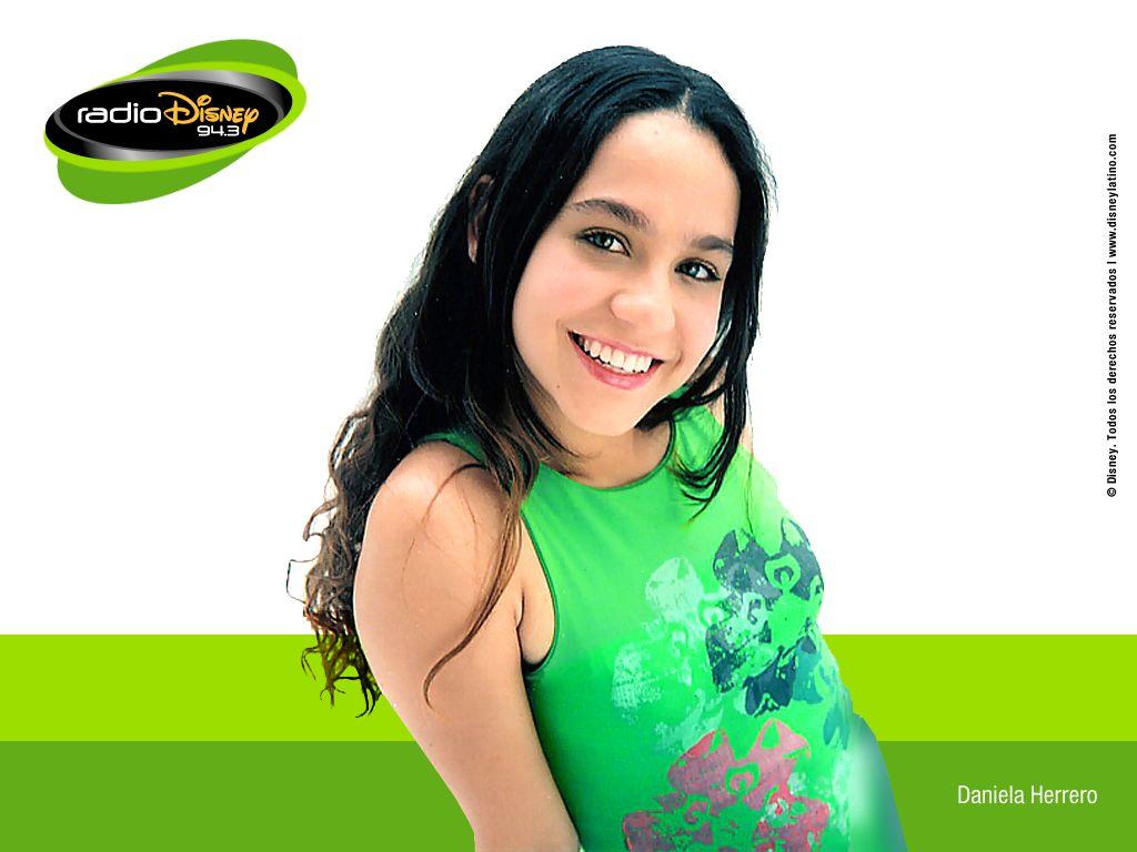 Daniela Herrero6.jpg (75593 bytes)